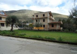 Terreno edificabile in zona residenziale